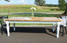 Get the free plans and tutorial for how to build a DIY Farmhouse Dining Table with gorgeous turned legs and the perfect touch of distress! Diy Farmhouse Table, Rustic Table, Farmhouse Style, Diy Table, Farmhouse Design, Patio Makeover, Furniture Makeover, Furniture Ideas, Refinished Furniture