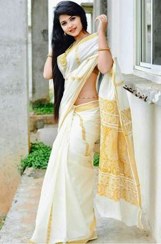 So beautiful 😘😍 in Saree. Beautiful Girl Indian, Most Beautiful Indian Actress, Beautiful Girl Image, Beautiful Saree, Beautiful Pictures, Beautiful Women, Lehenga Choli, Anarkali, Kerla Saree
