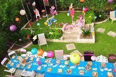 Alice in Wonderland party. Love it!