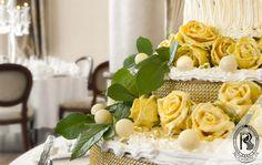 #Tort weselny Mistrza Cukiernictwa #RezydencjaHotel. #wesele #wedding #bufet #culinary #food #restaurant #restauracja #luxury #besthotel #hotel #Poland #luxurious #luxurylife