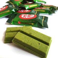 KIT KAT Matcha Green Tea with Uji Gyokuro – With Uji Gyokuro