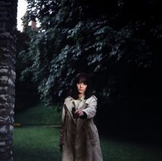 Anna Karina in Made in the U.S.A...I want a gun and a trench coat...
