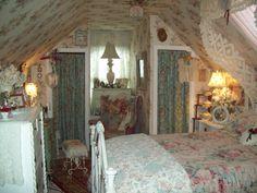 cozy shabby cottage bedroom