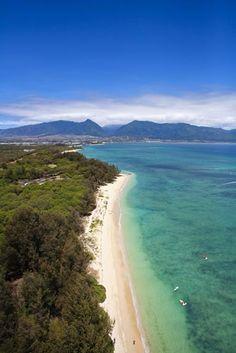 Kanaha beach park, Kahului, Wailuku and West Maui Mountains, Maui, Hawaii