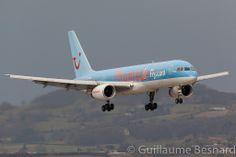 Thomson Airways, Boeing Aircraft, Cargo Airlines, Airline Flights, Flight Attendant, Airplane, Planes, Queens, Aviation
