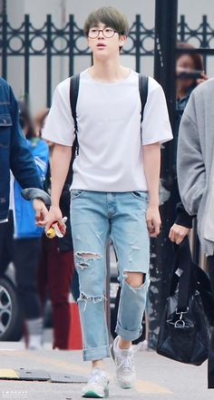 BTS Jin fashion going to Music Bank [150508]