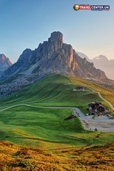 How's this daylight view for a change? This is the wonderful landscape of the scenic Dolomite Alps in Italy. Dusty roads and grasslands make this more attractive. #Italy #Dolomite #Europe #Scenic #Travel #Traveller #Weekend #ItsAllAboutTravel #TravelCenterUK Bergen, Landscape Photography, Nature Photography, Versailles Garden, Travel Center, Mountain Pictures, Morning View, Friday Morning, Summer Travel