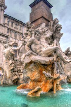 PIAZZA NAVONA, Rome, Italy Copyright: Alex Kalantzis