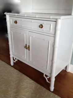 Faux Bamboo Nightstands /end Tables Thomasville I Have 3 1