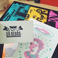 22 Razones por las que todo el mundo en secreto quiere ser diseñador Studio, Cover, Instagram Posts, Design, The World, Make A Book, Artworks, Study, Studios
