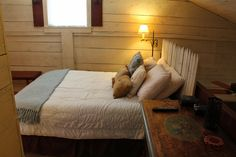 Lancaster County, Bed And Breakfast, Rustic, Luxury, Modern, Furniture, Home Decor, Country Primitive, Trendy Tree