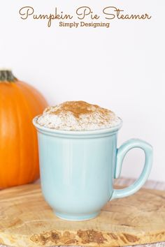 Pumpkin Pie Steamer - Pumpkin Pie Steamer – this is so tasty and ridiculously easy to make! It takes like it comes from a coffee shop but you can make it at home! Easy No Bake Desserts, Delicious Desserts, Yummy Food, Tasty, Pumpkin Recipes, Fall Recipes, Pumpkin Foods, Have A Snickers, Homemade Snickers