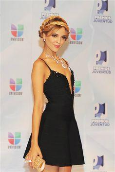 Eiza Gonzalez at Premios Juventud