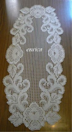 This Pin was discovered by Kar Crochet Doily Diagram, Crochet Motif, Crochet Doilies, Crochet Flowers, Crochet Lace, Crochet Placemats, Crochet Table Runner, Diy Crafts Crochet, Vintage Crochet Patterns