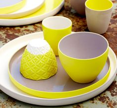 Queensland Homes Blog » All Things Bright and Beautiful | Yellow makes a pop in this porcelain tableware, found in Valissa Butterworth's Mod Collective.