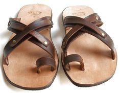 Italian Leather Shoes, Leather Men, Loafer Shoes, Shoes Sandals, Designer Dress Shoes, Leather Slippers For Men, Estilo Hippy, Minimalist Shoes, Clearance Shoes