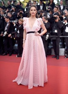 """Barbara Palvin Photos - Barbara Palvin attends the """"Julieta"""" premiere during the annual Cannes Film Festival at the Palais des Festivals on May 2016 in Cannes, France. - 'Julieta' - Red Carpet Arrivals - The Annual Cannes Film Festival Hollywood Fashion, Oscar Dresses, Prom Dresses, Formal Dresses, Barbara Palvin, Look Fashion, Fashion Models, Vestidos Oscar, Modelos Fashion"""