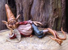 Spindle-Shanks Made of Formo clay and Apoxie Sculpt.