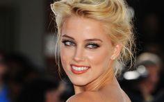 Amber Heard kiffe son rôle de belle-mère!