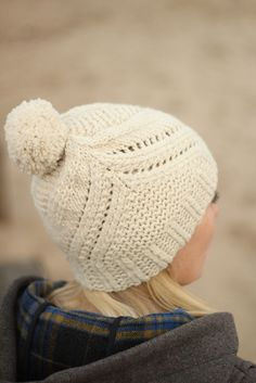 Fidra is a quick and fun knit combining garter stitch and stockinette textures…