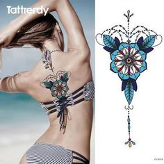 Resultado de imagem para flores no ombro tattoo