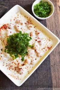 Thai green mango salad(Som Tum Mamuang) - Bliss Of Cooking Green Chutney Recipe, Chutney Recipes, Cauliflower Burger, Vegan Cauliflower, Green Mango Salad, Baked Plantains, Almond Flour Cakes, Mango Dessert Recipes, Coconut Curry Sauce