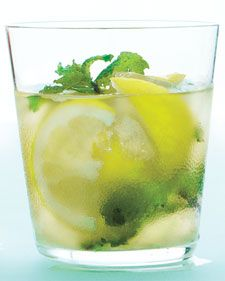 muddled ginger-mint lemonade with bourbon