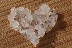 Wir lieben selbst hergestellten Wasserkefir aus echten aktiven Japankristallen:-)