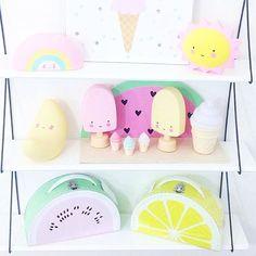 Goodmorning!! ...Waking up happy☝ #makinglifelovely #pastel #pastellove #kidslifestyle #kidslightning #popsiclelights #kidsboetiek @lullabuy_uk #alittlelovelycompany #shelfie