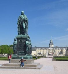Karl Friedrich Statue Karlsruhe my hometown :) Great Places, Places Ive Been, Beautiful Places, Fukuoka, East Sussex, Luxor, Kuala Lumpur, Phuket, Gold Coast