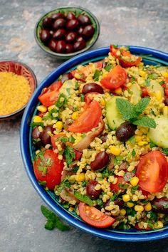 Paella, Cobb Salad, Vegetarian Recipes, Ethnic Recipes, Drinks, Diet, Bulgur, Salads, Veg Recipes