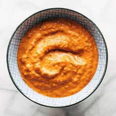 If you don't already know: sauce is life. Slather these on sandwiches, drizzle them on salads, pour them over pasta – the options are endless. Roasted Red Pepper Sauce, Roasted Red Peppers, Sauce Recipes, Vegan Recipes, Cooking Recipes, Detox Recipes, Fruit Recipes, Ketchup, Honey Mustard Sauce