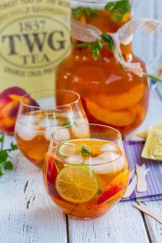 Iced Sencha Tea With Peaches & Lime is so refreshing but has all the flavor of sencha green tea. #senchtea #icedtea