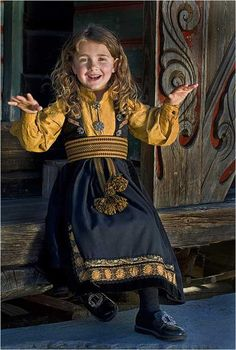 Telemark- barnebunad with mustard shirt We Are The World, People Of The World, Beautiful Children, Beautiful People, Folk Costume, Costumes, Historical Clothing, Traditional Dresses, Costume Design