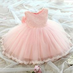 2017 new 1 to 8 years girls ball gown formal dress girls princess dress for performance wedding pink white lace dress with bow Princess Flower Girl Dresses, Girls Lace Dress, Girls Formal Dresses, Lace Flower Girls, Dress With Bow, Little Girl Dresses, Baby Dress, Dress Lace, Baby Flower