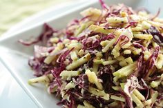 Red cabbage & green apple sesame slaw: fast, easy, crunchy, salty/sweet & enhanced with nutrient dense hemp seeds at Choosing Raw