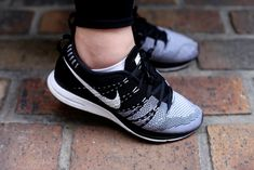 NIKE AIR FLYKNIT TRAINER+