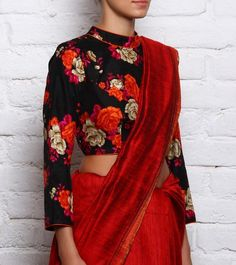 Saree Blouse Designs: 5 Unique Must Have Saree Blouse Styles