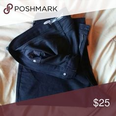 Old Navy Sweetheart black denim Old Navy Sweetheart black denim in perfect unworn condition. NWOT Old Navy Jeans