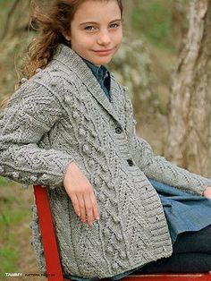 FREE Tammy pattern. Sizes 8-10 and 11-12.