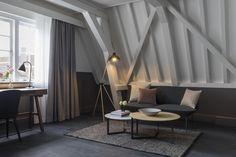 846zł Hotel Kimpton De Witt Amsterdam jest położony w samym sercu Amsterdamu, 300 metrów od głównego dworca kolejowego.
