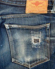 The perfect repair sashiko. Sashiko Embroidery, Folk Embroidery, Japanese Embroidery, Floral Embroidery, Boro Stitching, Repair Jeans, Visible Mending, Make Do And Mend, Diy Jeans