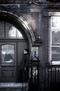 Trent Reznor, London 2007 by Rob Sheridan, via Behance