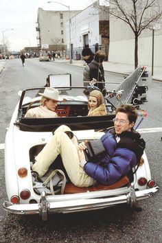 Owen Wilson, Gwyneth Paltrow and Wes Anderson behind the scenes of The Royal Tenenbaums.