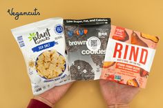 SNEAK PEAK into the Vegancuts April Snack Box. This month's box is filled with 11 snacks to satisfy your April #chocolate 🍫 cravings, all while supplying you with pantry essential snacks. Look forward to #grainfree and crunch Sea Salt Cassava Chips, crunchy #glutenfree Brownie Cookies, and chewy high-fiber StrawPeary Dried Fruit Blend. 😋🙏Get your snack on while supporting Stardust Animal Sanctuary, where rescued animals with special needs get lifelong care.