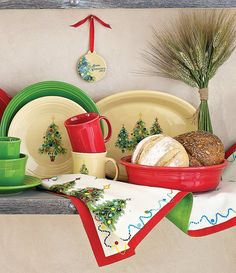 Fiesta® Dinnerware Christmas Tree Collection display with coordinating Fiesta® Shamrock and Scarlet | Dillard\u0027s : fiesta dinnerware christmas tree collection - pezcame.com