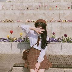 These days, some of the most popular trends in fashion and beauty are coming out from Korea. Here are the top site for buying affordable Korean Fashion online! Korean Girl Fashion, Korean Fashion Online, Korean Fashion Trends, Korean Street Fashion, Korea Fashion, Ulzzang Fashion Summer, Fashion Fashion, Mode Ulzzang, Ulzzang Korean Girl