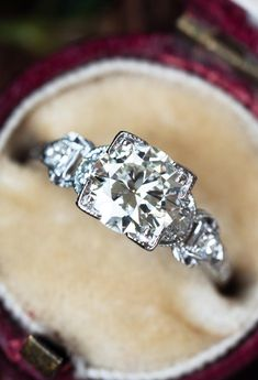 Perfect 1950's Vintage Diamond Engagement Ring 1.04ct J/VVS2 GIAn.nSku EJ17267 1950s Engagement Ring, Diamond Engagement Rings, Emerald Jewelry, Vintage Diamond, Diamond Are A Girls Best Friend, Diamond Cuts, Amethyst, Vintage Jewelry, Marriage Material