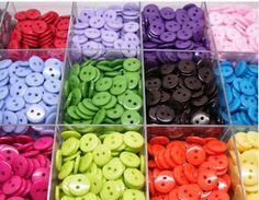 Barato Vestuário acessórios 200pcs botões de acrílico multi cor 15 milímetros, Compro Qualidade Botões diretamente de fornecedores da China:         pacote : 200 pcs / pack     cor misturada     Tamanho : 15mm