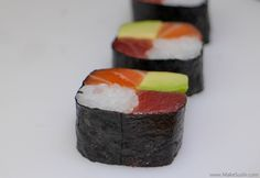 Four seasons sushi roll recipe How To Make Sushi, Food To Make, Chef Sushi, Oshi Sushi, Sushi Roll Recipes, Sushi Dishes, Sushi Night, Sushi Party, Homemade Sushi